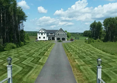 Mowing Beautiful Lawn Lines